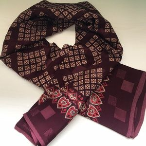 Vintage handsome silk burgundy scarf